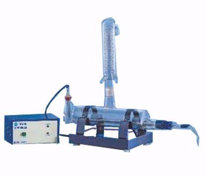 All Glass Single Distillation Unit with Borosilicate Boiler, Borosilicate Condenser and Quartz Heater, Horizontal Type - 4 Liter