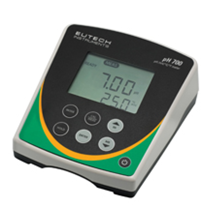 pH 700 Meter  with pH Electrode, ATC Probe and 100/240 VAC adapter
